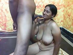 Indian slut take heavy boobs..