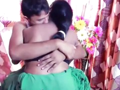 Hot damsel aunty gives her..