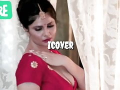 Hot Bhabhi undres Saree..