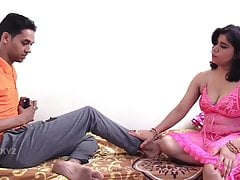 Two Indian milfs fucked at..